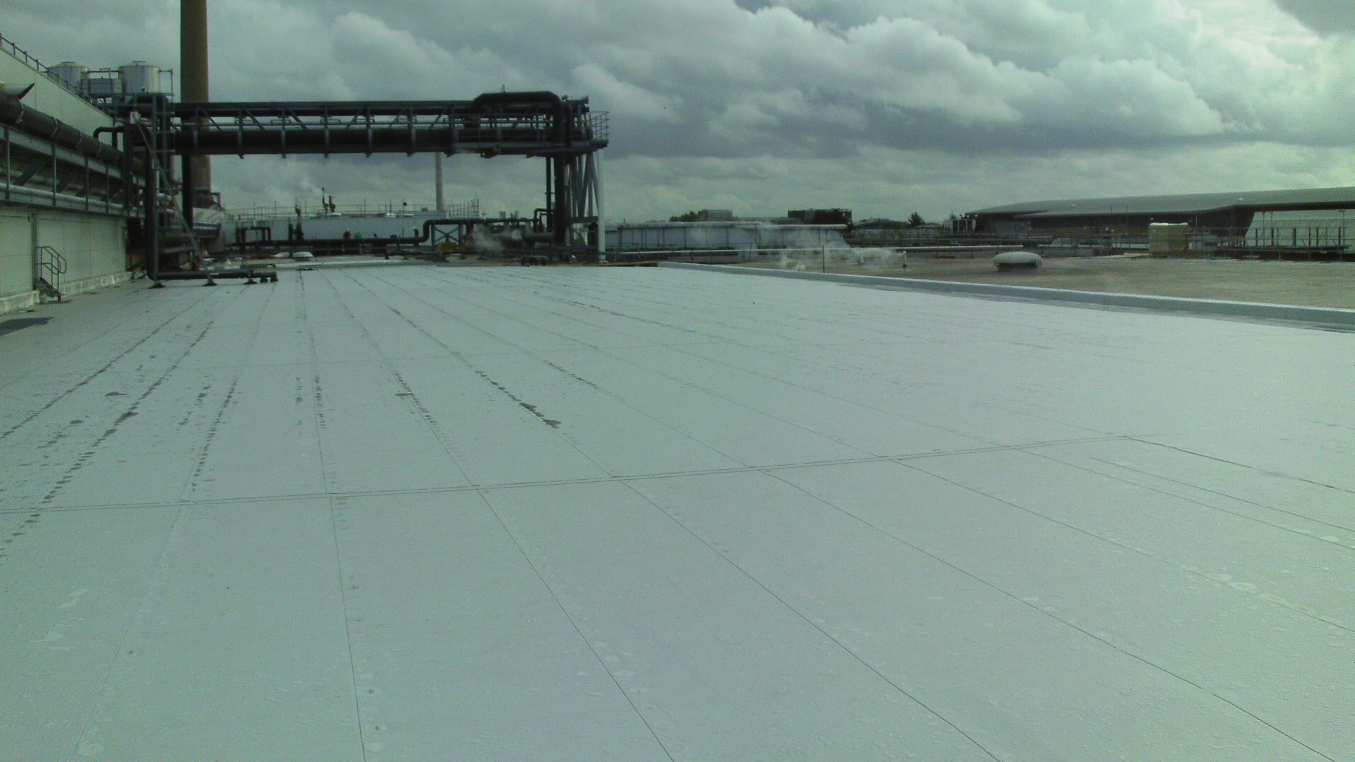 Single Ply Roof Installation : Single ply membranes by adamson construction